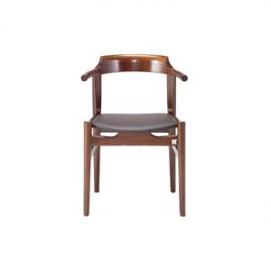 理想空間 – 實木真皮餐椅