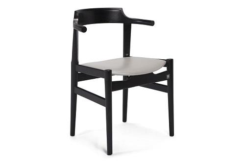 理想空間 – 實木餐椅