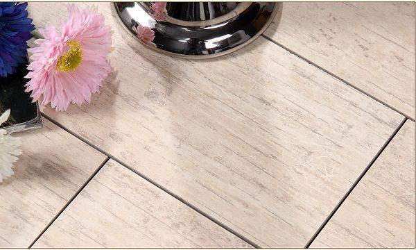 LOLA 樓蘭 – 蒼古香楠 木紋磚 D6102030